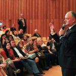 Додон рассказал молдавским гражданам в Москве, как они смогут воспользоваться миграционной амнистией (ФОТО)