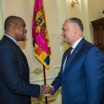 Додон встретился с новым послом США в Молдове (ФОТО)