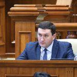 Социалисты продолжают отстаивать в парламенте права невакцинированных детей (ВИДЕО)