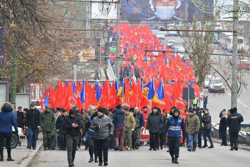 Участники митинга социалистов: После победы ПСРМ на выборах ситуация в Молдове изменится к лучшему!