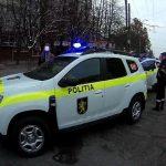 Полиция Рышкановки усмиряла посетителей ресторана и уличных хулиганов (ВИДЕО)