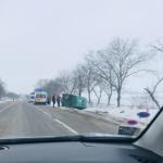 Авария вблизи Бельц: два автомобиля вылетели в кювет и перевернулись (ВИДЕО)