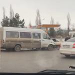 ДТП у Северного автовокзала: маршрутка столкнулась с легковушкой (ВИДЕО)