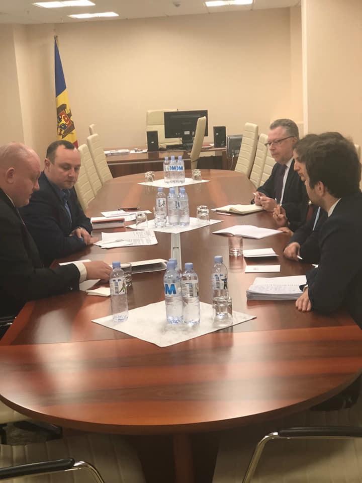 Депутаты ПСРМ обсудили политическую и предвыборную ситуацию в стране с делегацией МИД Франции (ФОТО)