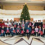 Выдающиеся спортсмены и их преподаватели получили почетные грамоты президента (ФОТО)