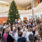 Отремонтированное здание президентуры открыло двери для еще 150 детей (ФОТО)