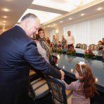 Семья президента поможет обрести слух еще 10 детям (ФОТО)