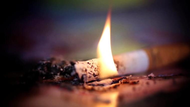 Непотушенная сигарета унесла жизнь жителя Яловен