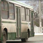 """Жители Думбравы """"штурмуют"""" примэрию и требуют запустить беспроводные троллейбусы в их сторону"""