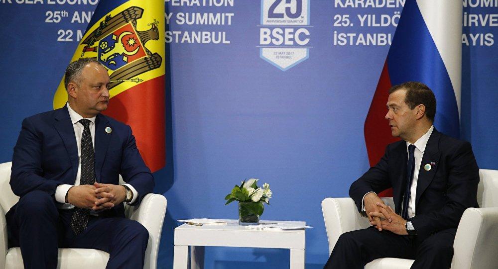 Додон обсудит с Медведевым продление беспошлинного режима для Молдовы (ВИДЕО)