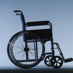 Шок: в Бельцах водитель троллейбуса не захотел пускать в салон мужчину в инвалидной коляске (ВИДЕО)