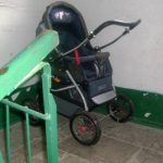Молодая комратчанка попалась на краже детской коляски