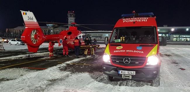 Экипаж SMURD доставил в Кишинёв пациента с тяжким заболеванием из Вулканешт (ФОТО)