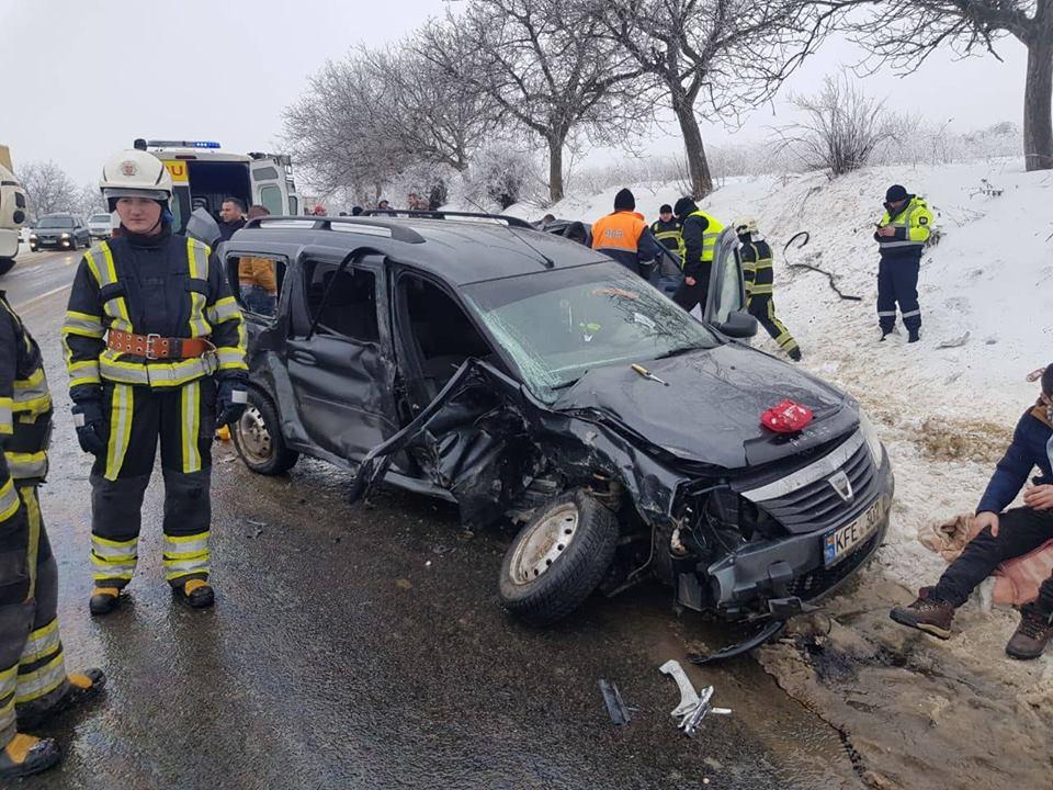 Новые детали страшной автокатастрофы в Бардаре: годовалый ребёнок скончался по дороге в больницу