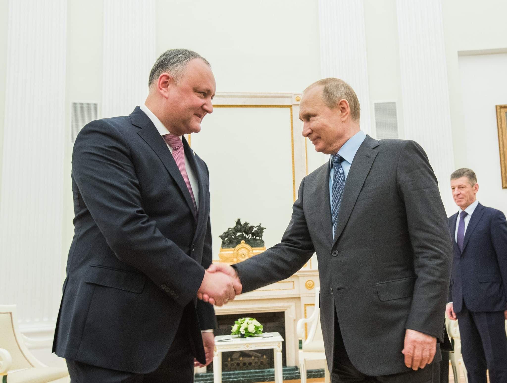 Додон: Результаты прошедшего в России голосования – яркое свидетельство широкой поддержки деятельности Путина