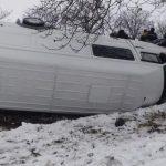 Микроавтобус с пассажирами перевернулся на трассе Тараклия - Кагул (ФОТО)