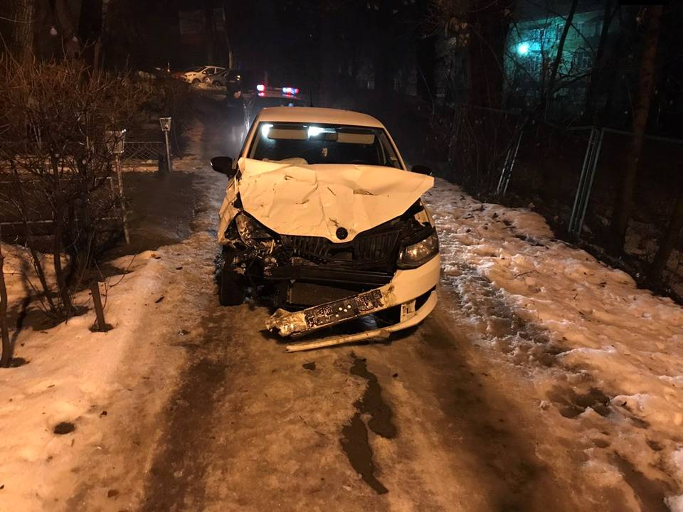 В столице поймали пьяного водителя, протаранившего припаркованный автомобиль (ВИДЕО)