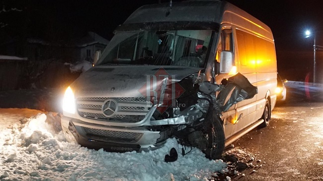 Водитель из Молдовы спровоцировал ДТП в Румынии с участием машины экипажа полиции (ФОТО, ВИДЕО)