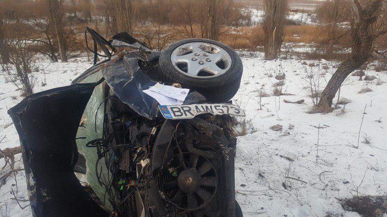 Серьёзная авария в Единцах: водитель погиб, пассажир в больнице (ФОТО)