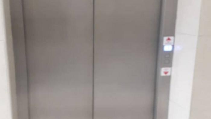 В торговом центре Кишинева упал лифт: внутри была известная молдавская певица