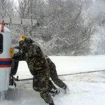 В Приднестровье в снежном плену оказалась фура, направлявшаяся в Кишинёв (ФОТО)