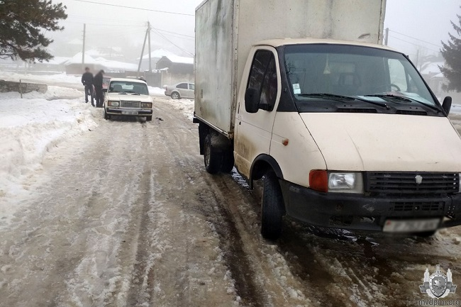 Ситуация на дорогах Приднестровья: за сутки произошло 4 ДТП (ФОТО)
