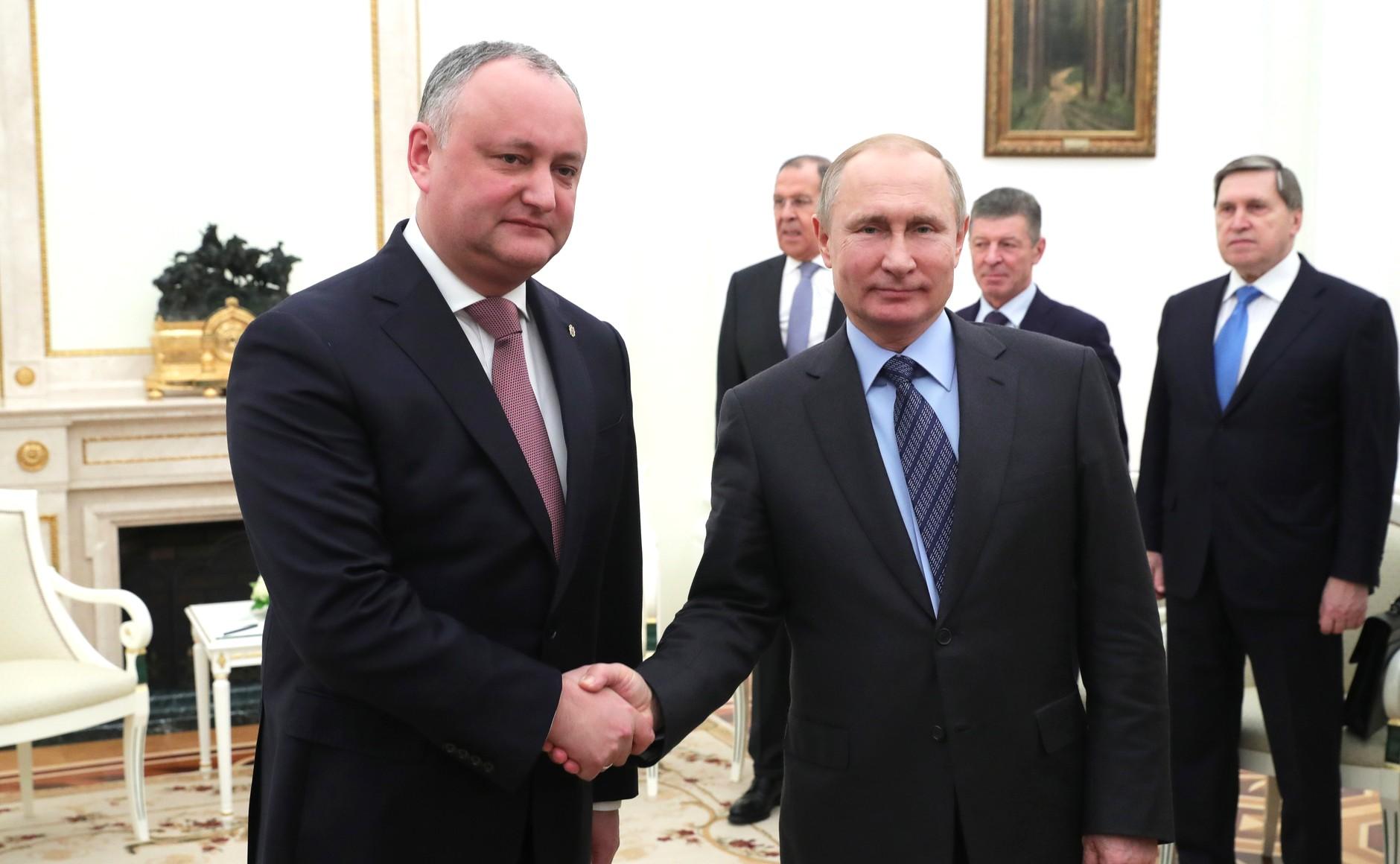 Игорь Додон отправился с визитом в Москву: завтра президент встретится с Владимиром Путиным
