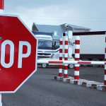 Пограничная полиция: с сегодняшнего дня большинство КПП на границах с Румынией и Украиной закрыты (СПИСОК)