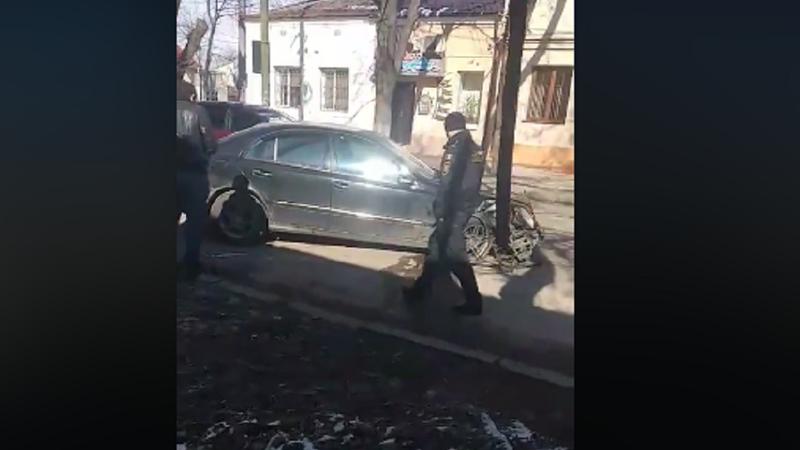 Авария в центре столицы: столкнулись две легковушки