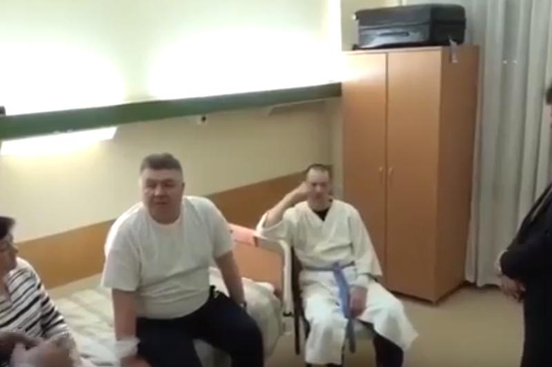 """Освобожденные молдавские летчики – представителям МИДЕИ: """"Мы хотим лечиться в Москве!"""" (ВИДЕО)"""