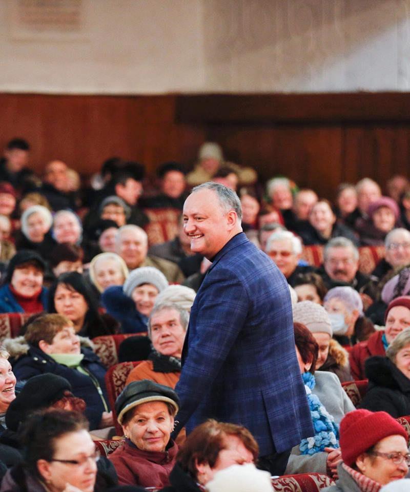 Игорь Додон возобновит поездки в районы: Моя задача №1 – быть рядом с людьми (ВИДЕО)