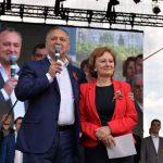 Еще один опрос подтвердил безоговорочное лидерство президента и ПСРМ