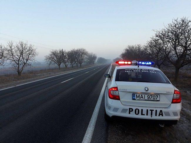 Более 300 лихачей и 17 пьяных водителей поймали патрульные в выходные дни