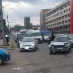 Два автомобиля столкнулись в центре столицы: НИП предупреждает о пробках