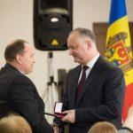 Президент присвоил награды Комбинату картонных изделий и его сотрудникам (ВИДЕО, ФОТО)