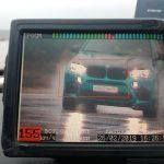 Лихач на BMW проехал мимо патрульных на скорости 155 км/ч: ему грозит штраф почти в 30 тысяч и лишение прав
