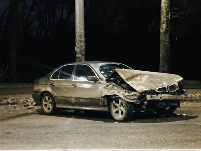 На Буюканах в результате ДТП перевернулся автомобиль (ФОТО)