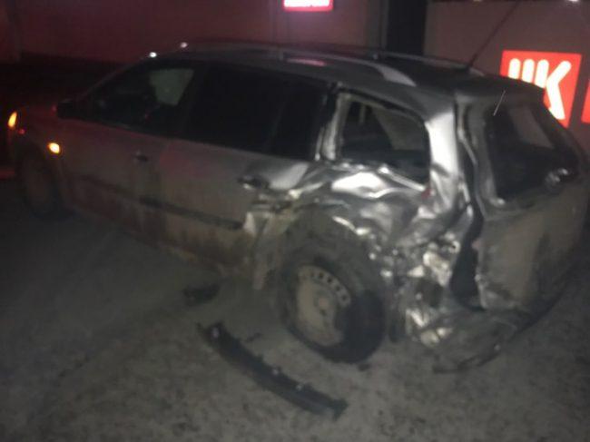 Серьезная авария в столице: водитель, предположительно, был пьян (ВИДЕО)