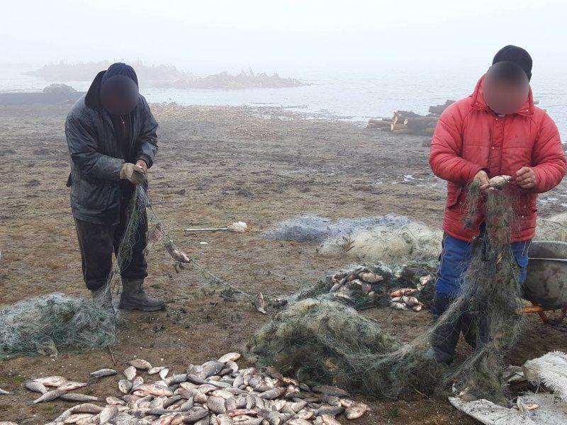 Двое нарушителей задержаны за незаконную рыбалку в пограничных водах (ФОТО)