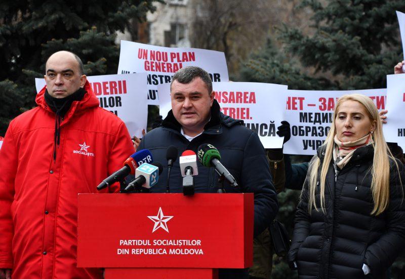 Новак: Социалисты будут добиваться отмены Закона №303 и снижения тарифа на отопление (ВИДЕО)