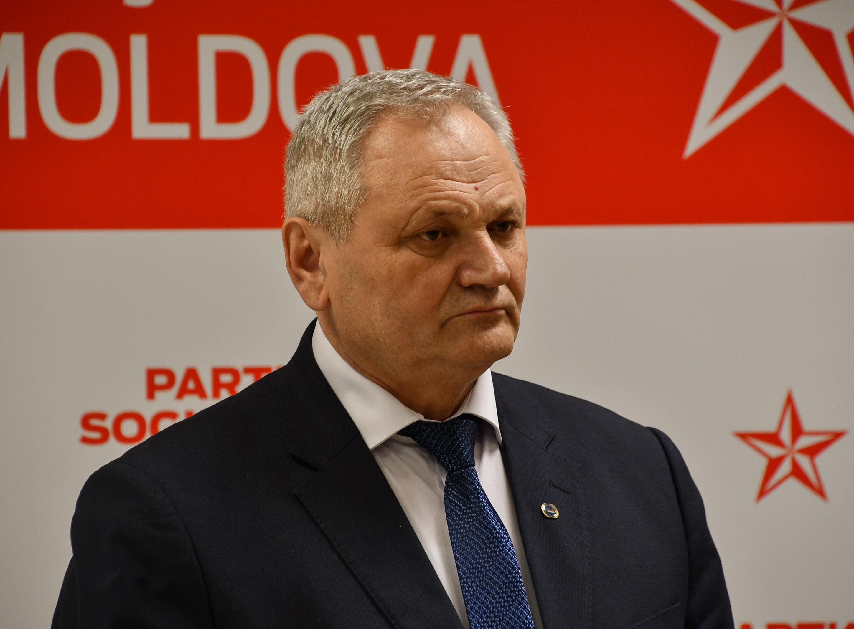 Социалист Георгий Пара одержал убедительную победу на заграничном округе №49