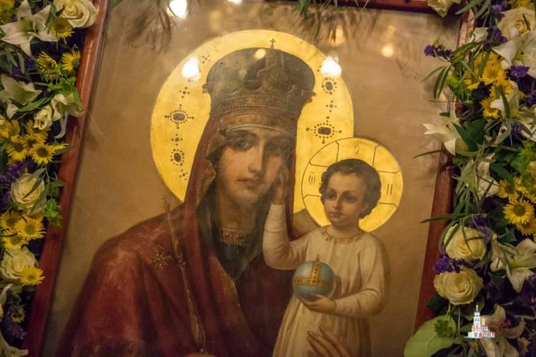 """В Кафедральный собор Кишинёва доставят чудотворную икону """"Призри на смирение"""""""