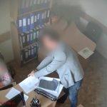 11 сотрудников муниципального ЦОЗ задержаны по делу о коррупции: дачи взяток попали на скрытую камеру (ВИДЕО)