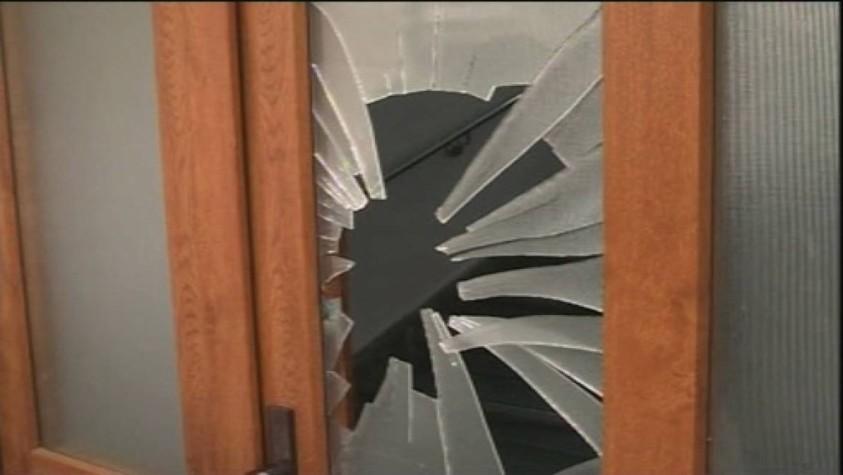 Полиция разыскивает неизвестных, обворовавших частный дом в Бельцах