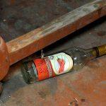 Алкогольная амнезия: житель Слободзеи ударил приятеля ножом, а наутро ничего не вспомнил
