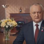 Президент поздравил женщин с 8 Марта трогательным роликом (ВИДЕО)