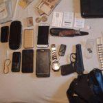 Результаты спецоперации на севере Молдовы: 5 человек задержаны, изъяты крупные суммы денег, золото и оружие (ФОТО, ВИДЕО)