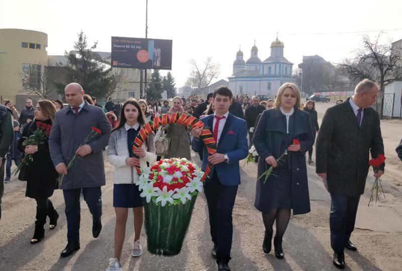 Атаки отметили годовщину освобождения от фашистской оккупации (ВИДЕО)