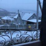 Зима не торопится уходить из Молдовы: во многих районах страны прошёл сегодня снег (ВИДЕО)