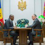 Додон провёл встречу с послом США в Молдове (ФОТО, ВИДЕО)